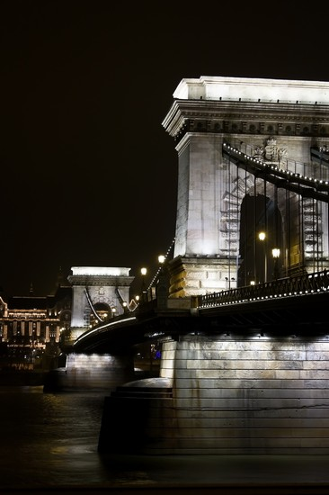 Photo Il Ponte delle Catene in Budapest - Pictures and Images of Budapest