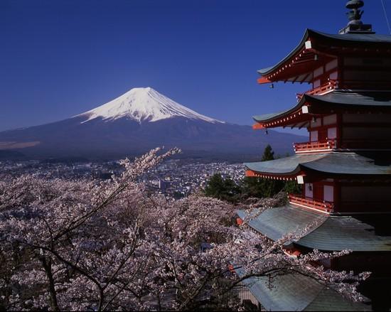 http://images.placesonline.com/photos/17667_tokyo_monte_fuji.jpg
