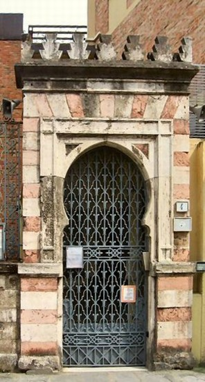 Photo Sinagoga - porta d'entrata in Florence - Pictures and Images of Florence