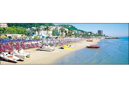 Foto e immagini di grottammare foto veduta parziale della spiaggia