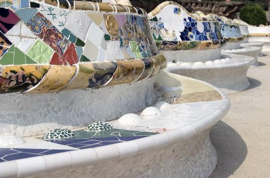 Foto Particolare della panca decorata a Barcellona - 550x364  - Autore: Redazione, foto 5 di 678