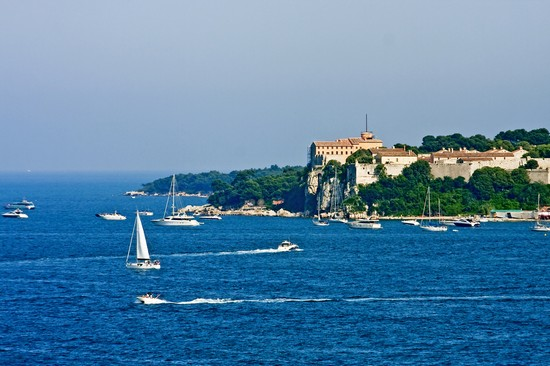 Photo cannes l isola di santa margherita in Cannes - Pictures and Images of Cannes - 550x366  - Author: Editorial Staff, photo 1 of 78