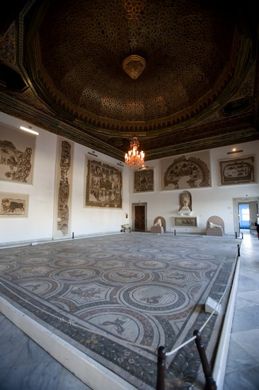 Photo tunisi museo del bardo in Tunis - Pictures and Images of Tunis - 366x550  - Author: Editorial Staff, photo 1 of 29