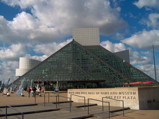 Photo Rock and Roll Hall of Fame in Cleveland - Pictures and Images of Cleveland - 550x411  - Author: Jò, photo 1 of 3