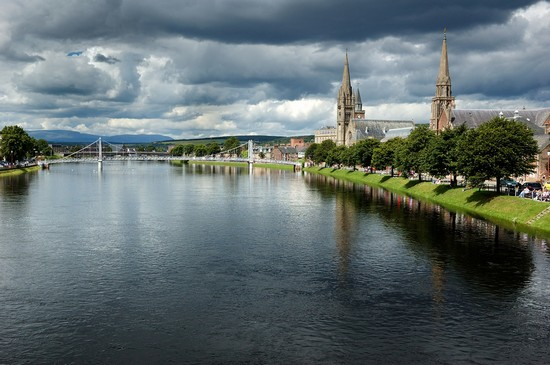 Photo River Ness in Inverness - Pictures and Images of Inverness - 550x365  - Author: Editorial Staff, photo 1 of 9
