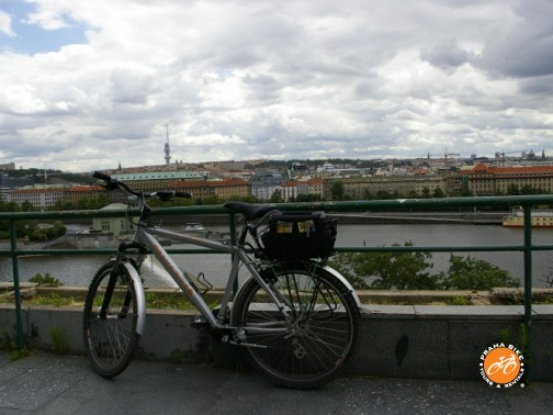 BIKE TOURS, RENTALS, ACCOMODATION AND TRAVEL SERVICES a PRAGUE