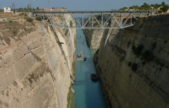 Photo athens the corinth canal in Athens - Pictures and Images of Athens
