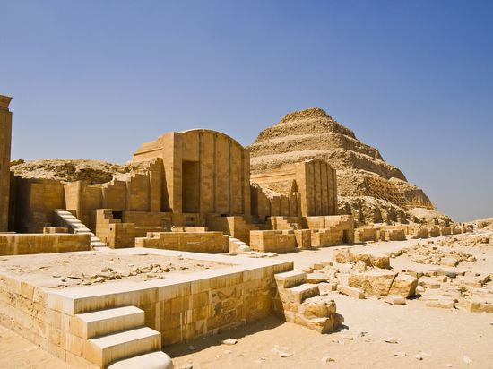 Photo saqqara pyramids cairo in Cairo - Pictures and Images of Cairo
