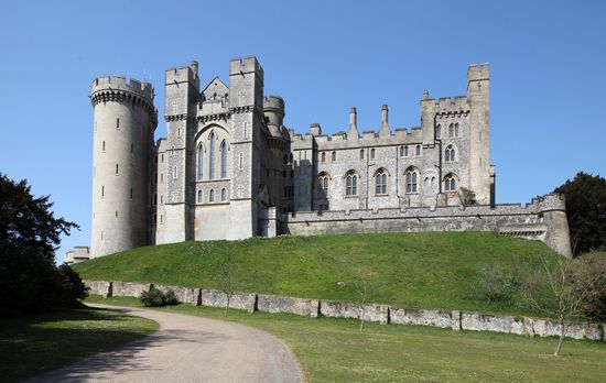 Photo Arundel Castle in Arundel - Pictures and Images of Arundel - 550x348  - Author: Editorial Staff, photo 3 of 8