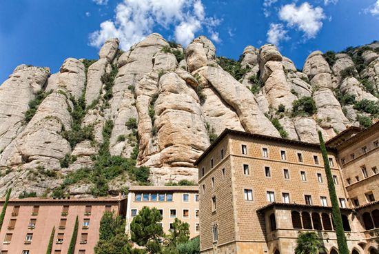 Photo montserrat barcelone in Barcelona - Pictures and Images of Barcelona - 550x368  - Author: Lina, photo 29 of 667
