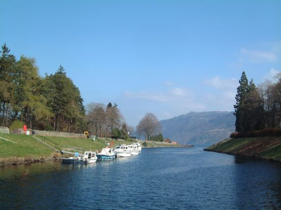 Photo Fort Augustus in Drumnadrochit - Pictures and Images of Drumnadrochit 