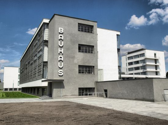 Photo weimar das bauhaus walter gropius   in dessau in Weimar - Pictures and Images of Weimar