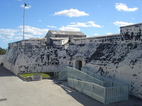 Photo nassau fort charlotte in Nassau - Pictures and Images of Nassau - 550x412  - Author: Inés Alejandra, photo 1 of 9
