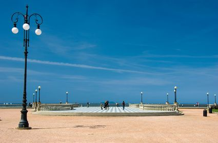 Photo livorno la piazza in Livorno - Pictures and Images of Livorno - 425x280  - Author: Editorial Staff, photo 1 of 79