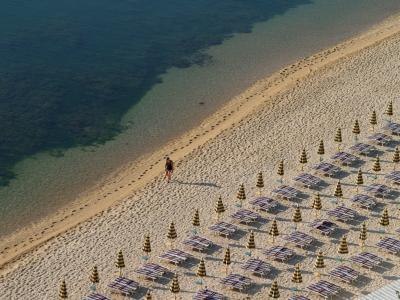 Foto La spiaggia a Numana - 400x300  - Autore: Redazione, foto 1 di 21
