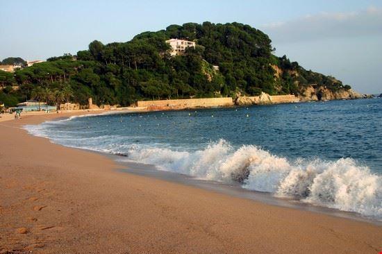 Spiaggia di Fenals
