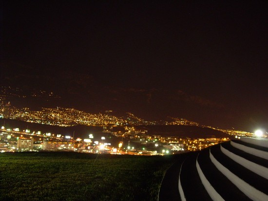 Photo monterrey by night monterrey in Monterrey - Pictures and Images of Monterrey - 550x412  - Author: Rodolfo I, photo 2 of 4