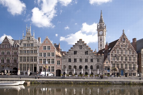 Foto Buildings in the old town of Ghent a Gand - 550x366 - Autore ...