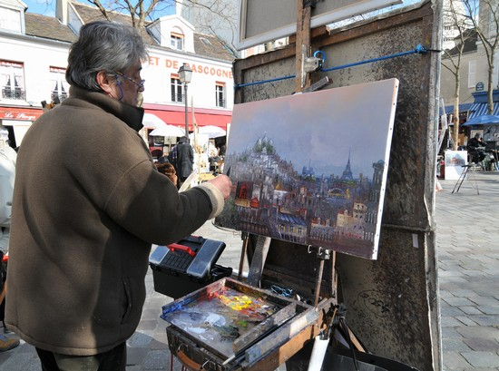 Photo budget art in montmartre in Paris - Pictures and Images of Paris - 550x409  - Author: Editorial Staff, photo 1 of 636
