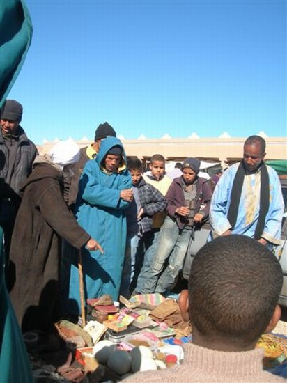 Photo stregone al mercato berbero in Ouarzazate - Pictures and Images of Ouarzazate