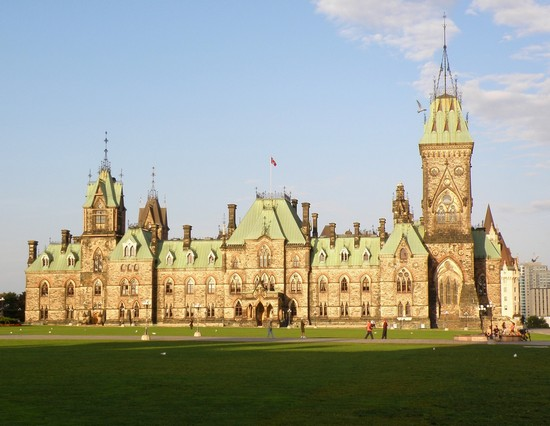 Photo parliament hill ottawa in Ottawa - Pictures and Images of Ottawa - 550x426  - Author: Editorial Staff, photo 1 of 8