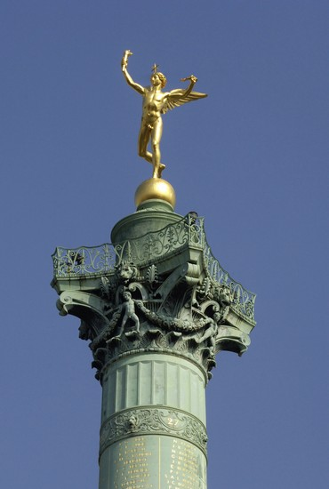 Photo place de la bastille in Paris - Pictures and Images of Paris