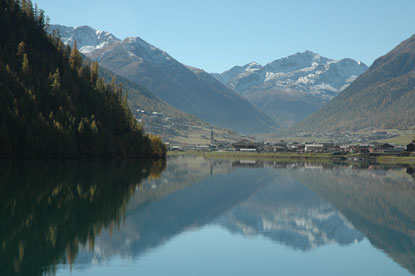 Photo livigno lago di livigno in Livigno - Pictures and Images of Livigno - 415x276  - Author: Editorial Staff, photo 11 of 69