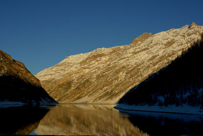Foto Montagne Innevate a Livigno - 415x278  - Autore: Redazione, foto 17 di 69