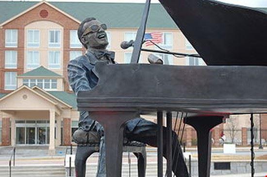 Ray Charles Statue