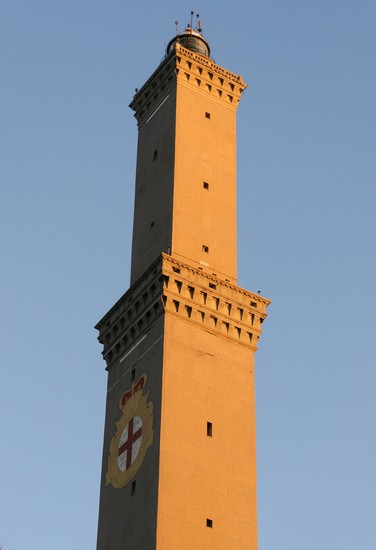 Photo genua torre della lanterna in Genoa - Pictures and Images of Genoa - 376x550  - Author: Daniela, photo 1 of 204