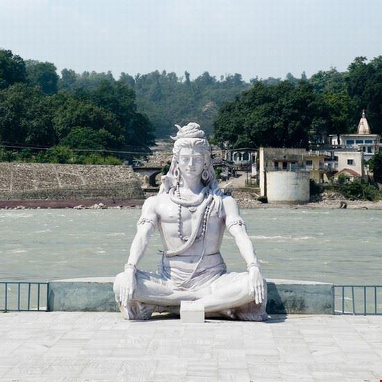 shiva hindu idol on the ganges rishikesh