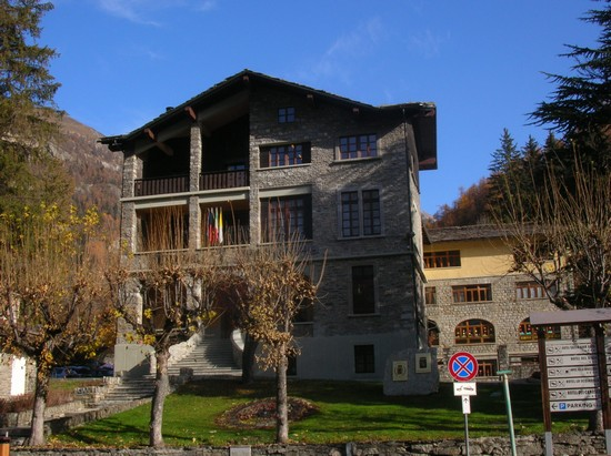 Photo municipio courmayeur in Courmayeur - Pictures and Images of Courmayeur