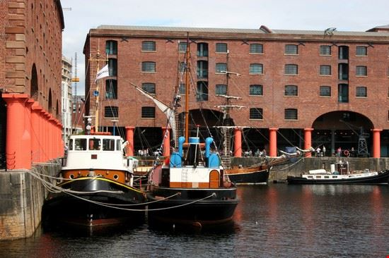 liverpool albert dock liverpool