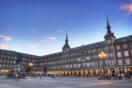 33261 madrid plaza mayor