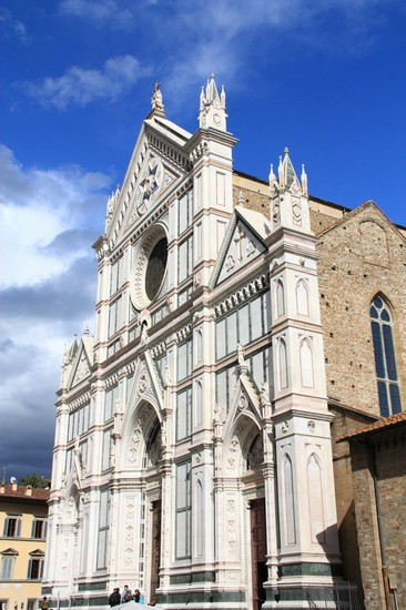 Photo Eglise Santa Croce à Florence: Photos de Florence et Images - 366x550  - Auteur: La rédaction, Photo 5 sur 552