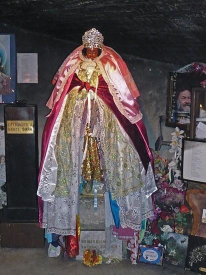 De saintes-maries-de-la-mer et images - 412x550 - auteur: la