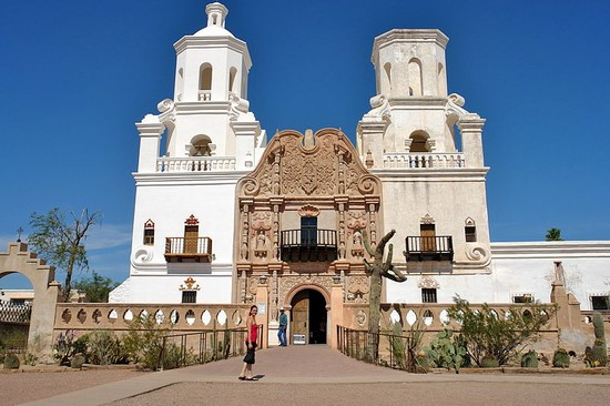 Photo Mission San Xavier del Bac in Tucson - Pictures and Images of Tucson - 550x366  - Author: Eliza, photo 1 of 22