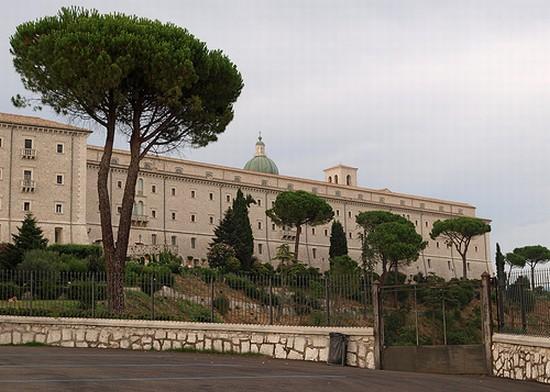 Abbazia di montecassino cassino for Vedere case online