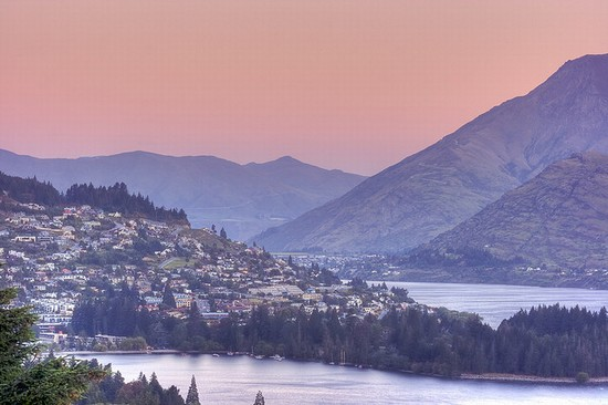 Photo queenstown queenstown von fernhill aus in Queenstown - Pictures and Images of Queenstown