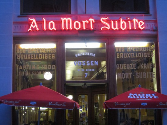 Photo A la Mort Subite in Brussels - Pictures and Images of Brussels - 550x412  - Author: Leighton, photo 1 of 160
