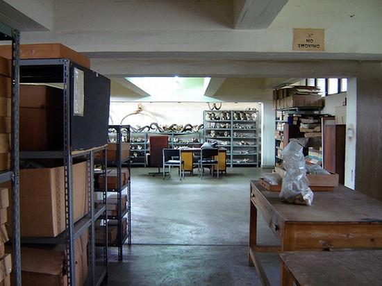 NAIROBI NATIONAL MUSEUM a NAIROBI