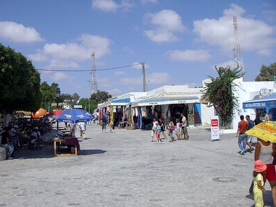 Photo Food and Wine in Djerba - Pictures and Images of Djerba - 550x412  - Author: Darshadana, photo 1 of 49