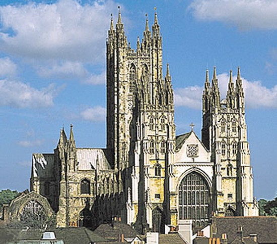 Photo canterbury canterbury cathedral in Canterbury - Pictures and Images of Canterbury - 550x483  - Author: Laura, photo 1 of 13
