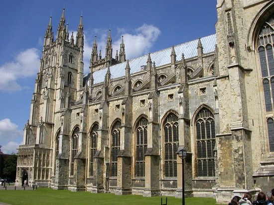 Photo canterbury cathedral in Canterbury - Pictures and Images of Canterbury - 550x412  - Author: Laura, photo 2 of 13