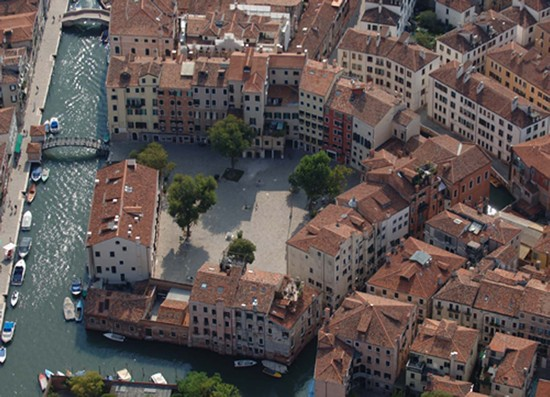 Photo venezia campo del ghetto nuovo in Venice - Pictures and Images of Venice