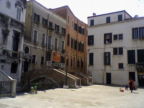 Photo campo santa maria formosa venezia in Venice - Pictures and Images of Venice - 550x412  - Author: Sara, photo 1 of 720