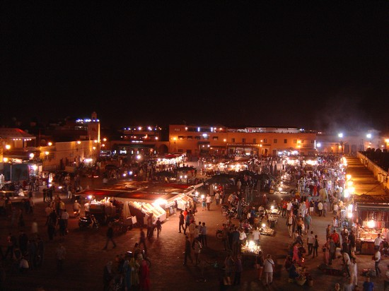 Photo marrakech di notte marrakech in Marrakech - Pictures and Images of Marrakech - 550x412  - Author: Luciano, photo 9 of 209