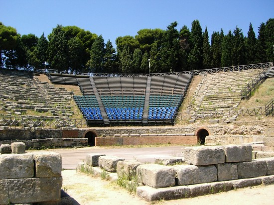 Photo tindari teatro greco messina in Messina - Pictures and Images of Messina - 550x412  - Author: Ernesto, photo 21 of 81