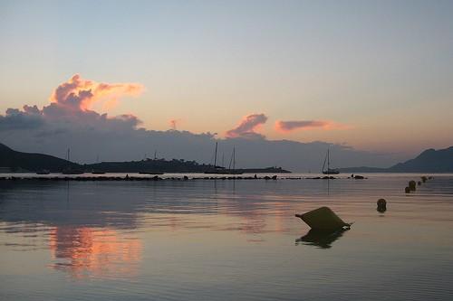 Photo palma di maiorca tramonto dalla spiaggia di pollenca for Kenay home mallorca
