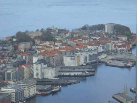 Photo panorama from mountain bergen in Bergen - Pictures and Images of Bergen - 550x412  - Author: Valerio, photo 5 of 83